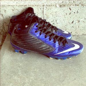 Nike Vapor mid football cleats